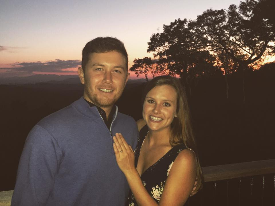hvem er scotty mccreery dating 2013